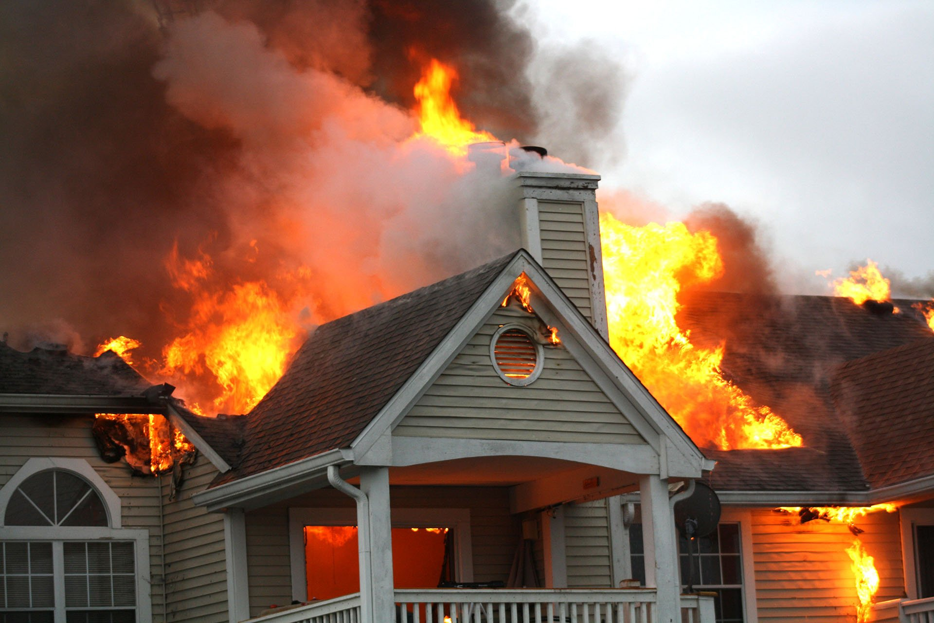 How Can a Fire Damage Public Adjuster Help Me?