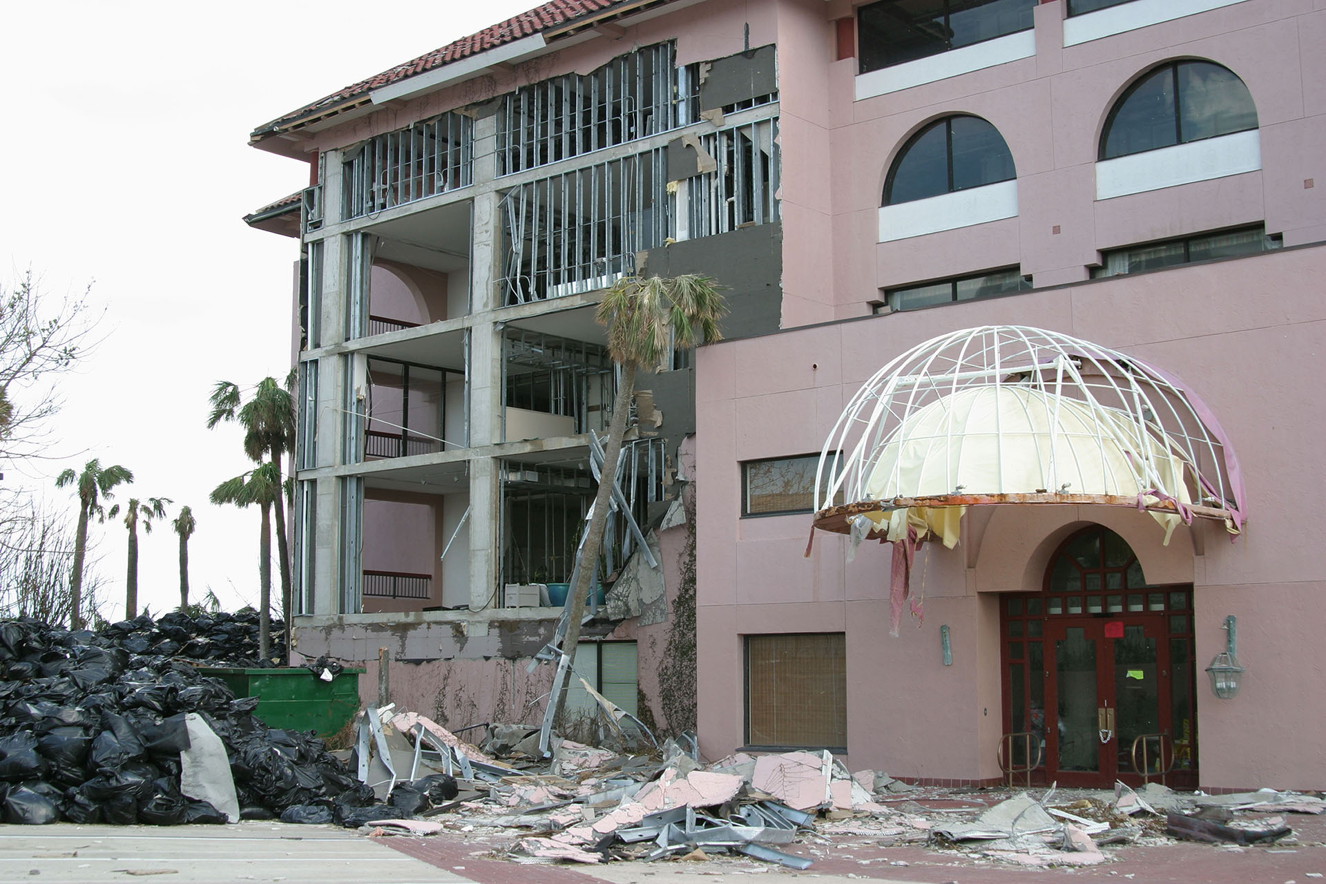 Why Should I Use a Public Adjuster in South Florida?