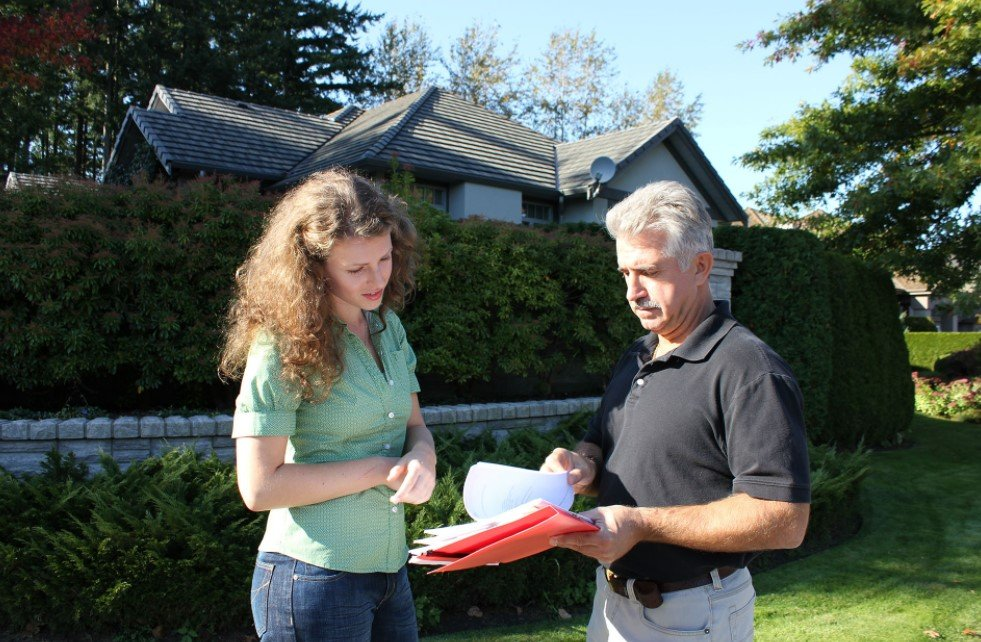 9 Questions To Ask Before Hiring a Public Adjuster